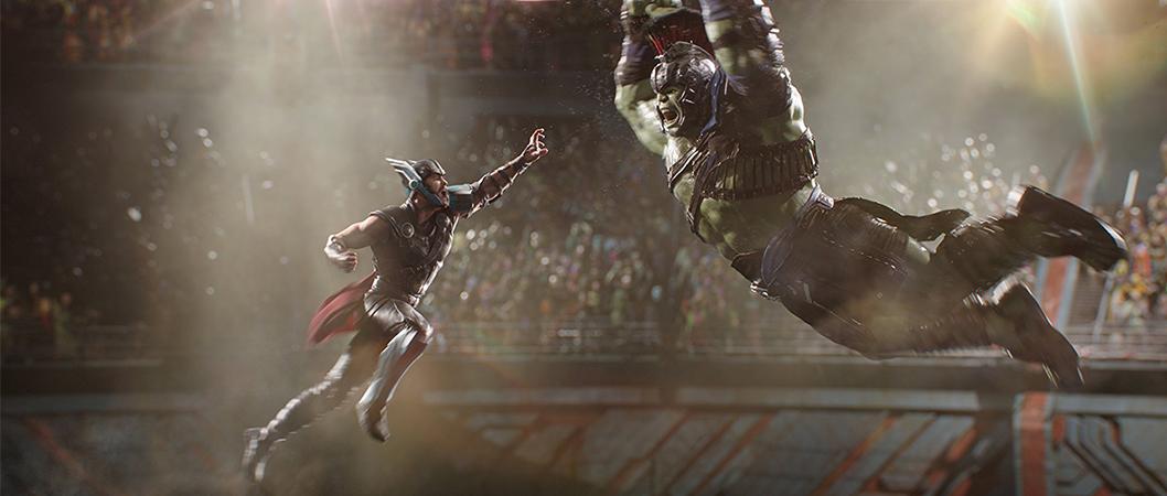 Thor (Chris Hamsworth) e Hulk (Mark Ruffalo) em Thor: Ragnarok