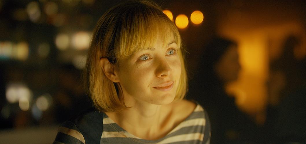 Ksenia Solo como Lucy no filme Em Busca de Fellini