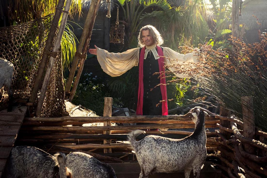 Nick Fletcher como Padre Fogden em Outlander