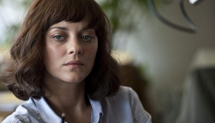 Marion Cotillard em Contágio (2011)